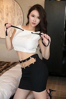 性感女神貌美细腰大胸器让你充满幻想
