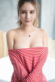 极品甜美型的软妹子尹菲