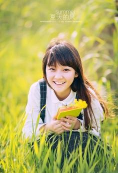 萝莉小清新美眉夏日写真