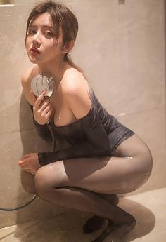 湿身女神卓娅祺浴室淋浴性感无比