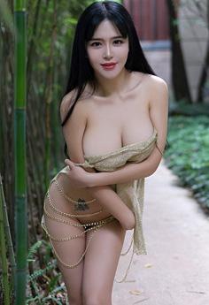 风骚少妇刘钰儿巨乳肥臀极致吸睛