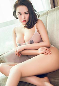 黑丝女王桃美洋子巨乳欲出让人澎涨