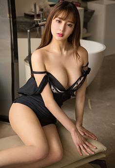 极品美人吊带丝罩裹巨奶美轮美奂