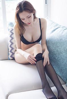 黑丝尤物萌琪琪长腿美臀妩媚迷人