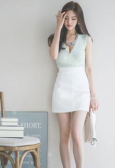 极品性感长腿美女短裙美腿时尚写真