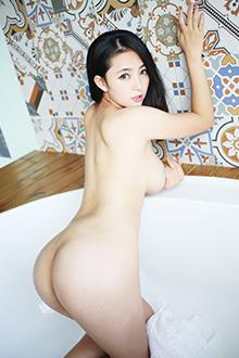 妩媚女神夏茉GIGI床上全裸秀美胸