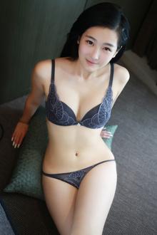 嫩妹子朱烨私房照片集