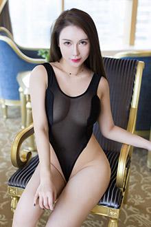 性感御姐尤妮丝情趣内衣魅惑写真图片