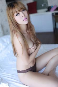 娇艳欲滴的女神杜viki
