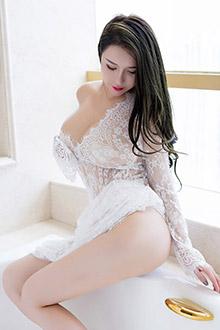 性感妹子尤妮丝浴室魅惑尺度写真图片