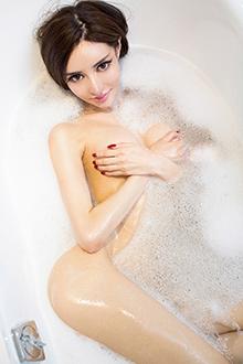 美艳王瑞儿浴室美照让人意乱情迷